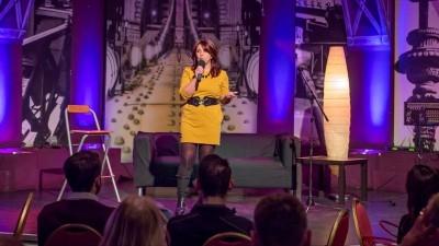 Redenczki Marcsi - Rádiókabaré - 2019 április | Stand Up Comedy Humortársulat